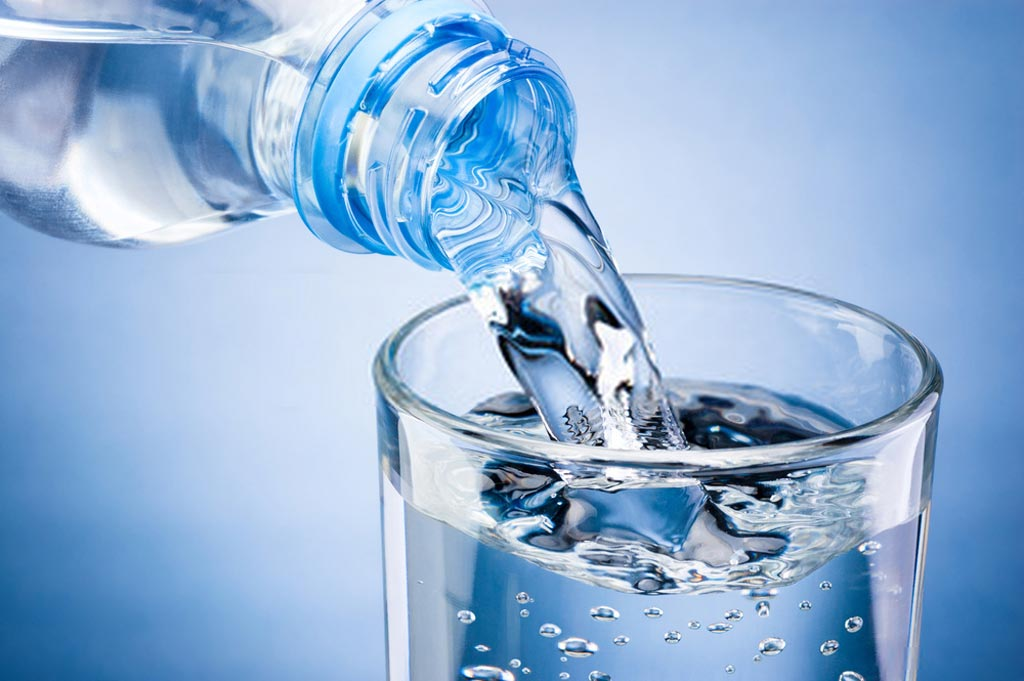 What does it mean when you drink water and your stomach hurts